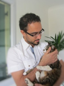 Dr Bastien Abelard Vétérinaire Narbonne VETDOM Vétérinaire à domicile